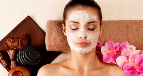 homemade-face-packs-for-glowing-skin-applecurd-600x319