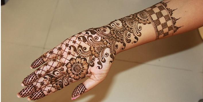 Palm Henna.