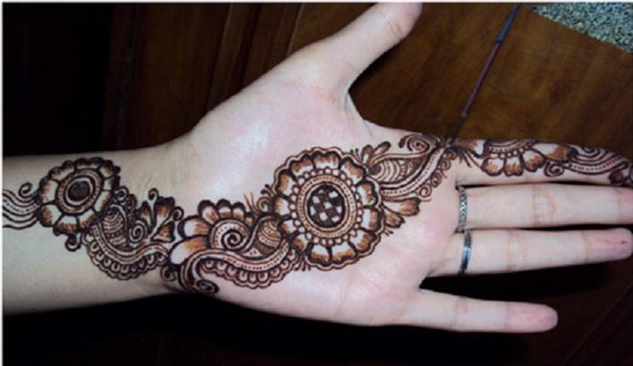 The Palm Henna (3)