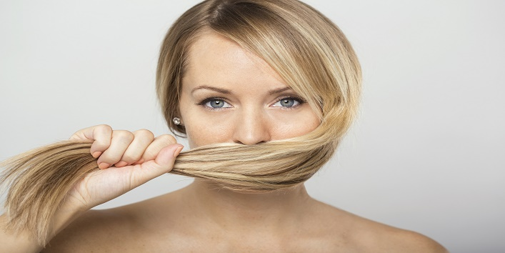Things you should never do to your hair10