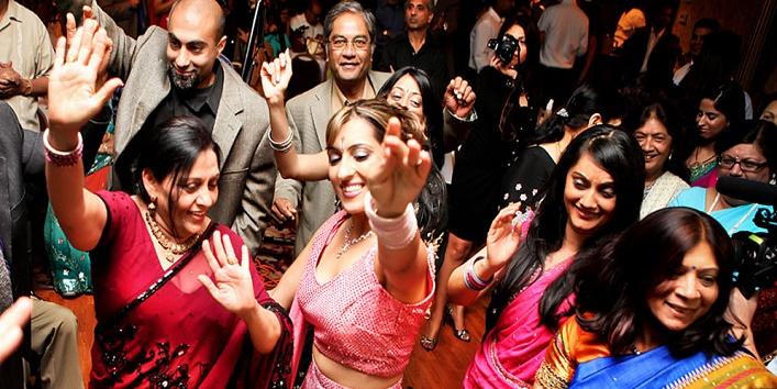 Things You Encounter In Any Baniya Wedding!6