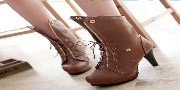 Types Of Footwear Every Woman Should Have! 3