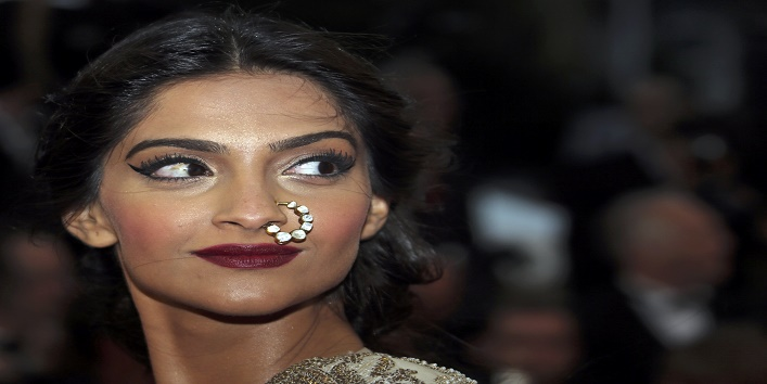B-Town-Actresses-Who-Carried-Nose-Rings-with-Panache