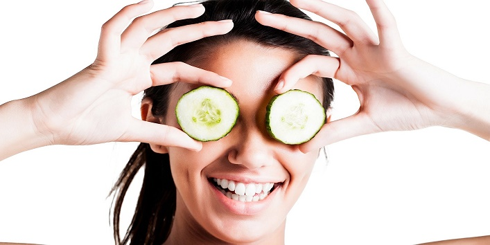 Awesome Home Remedies To Get Rid Of Puffy Eyes3