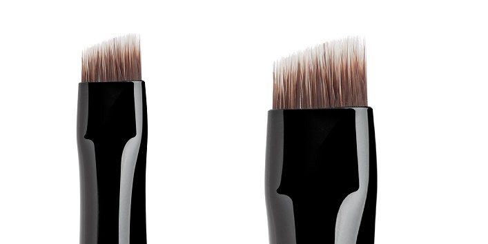 Makeup Brushes in Your Vanity7