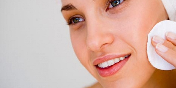 Myths About Oily Skin That Need To Be Busted ASAP!2