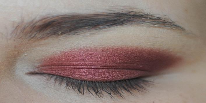 MAC Eyeshadows for Indian Skin Tone7