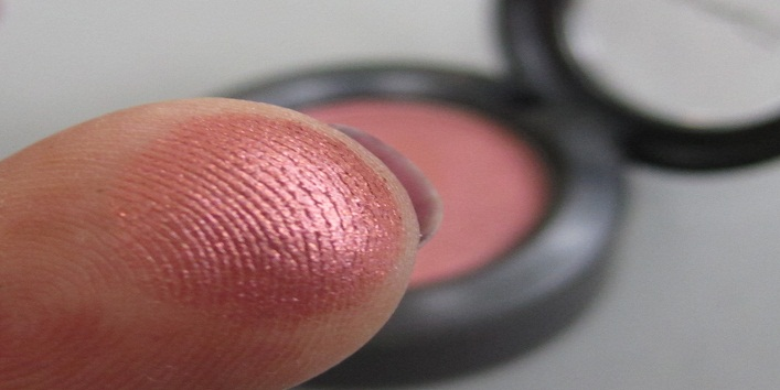 MAC Eyeshadows for Indian Skin Tone9