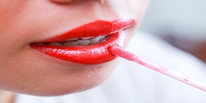 Women Face With Lipsticks3