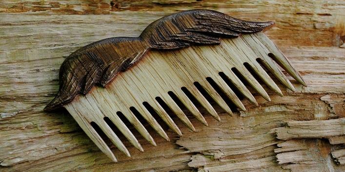 Wooden Comb3