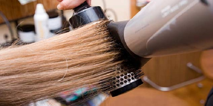 Avoid When Using A Hair Dryer3