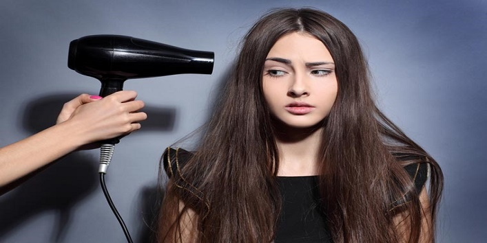 Avoid When Using A Hair Dryer4