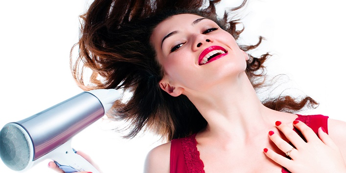 Avoid When Using A Hair Dryer7