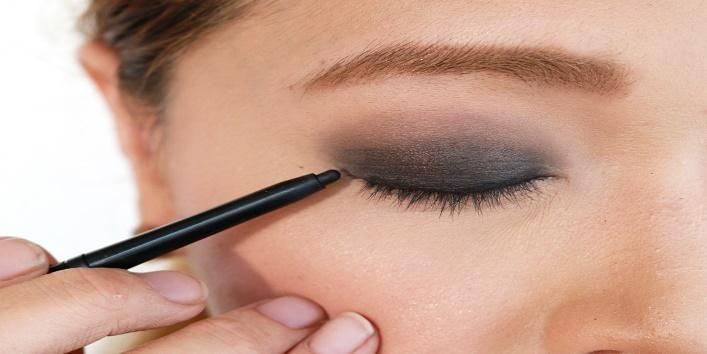 Eyeliner Tricks7