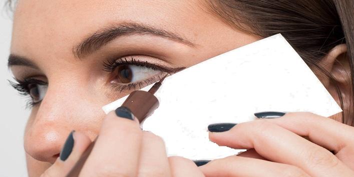 Eyeliner Tricks10