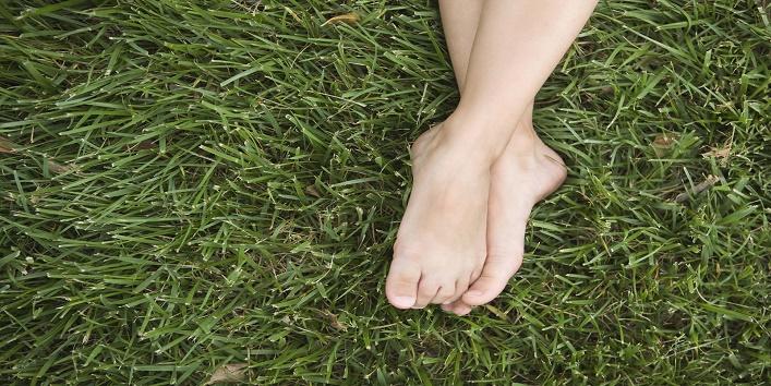 Walking Barefoot4