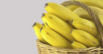banana-for-brighter-skin