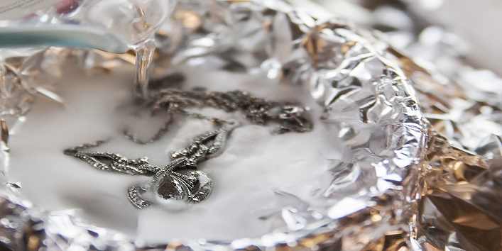 jewellery-at-home-with-baking-soda3