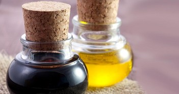 #61 Benefits of Castor oil (Skin,Hair,Eyes,Weight Loss,Breastfeeding Mothers,Teeth Whitening etc.)