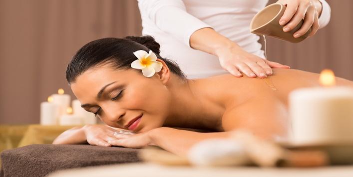 Massage to get a glowing skin