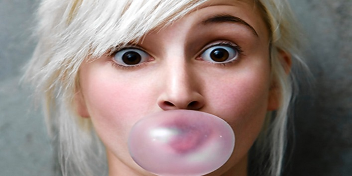Eating chewing gum