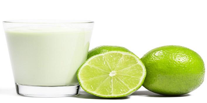 Lemon-juice-and-milk-mask