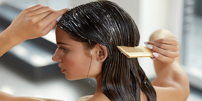 7-Hacks-to-Prevent-Frizziness-of-Hair-3