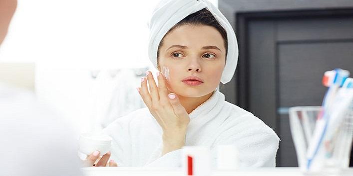 Apply moisturizer on damp skin