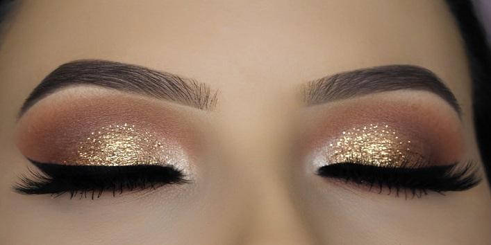 Eye makeup hack