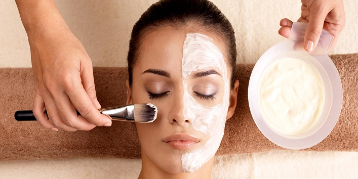 Salon-facials