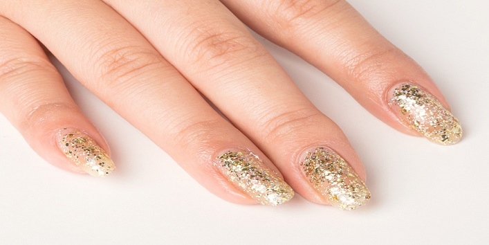 Add glitter to your nails