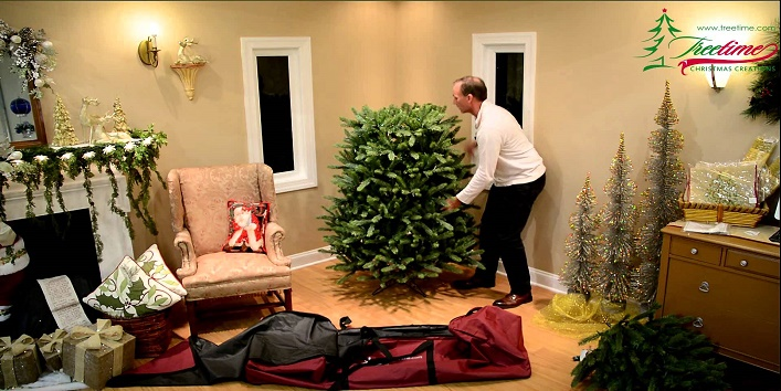 Easy-Tips-to-Clean-Artificial-Christmas-Tree-1