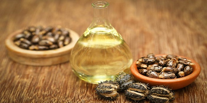 Castor oil with onion juice for treating dry hair