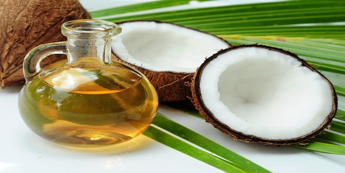 Coconut oil with onion juice for beautiful hair