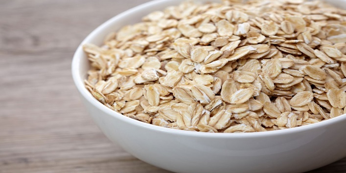 Oatmeal with lavender essential oil and lemon juice
