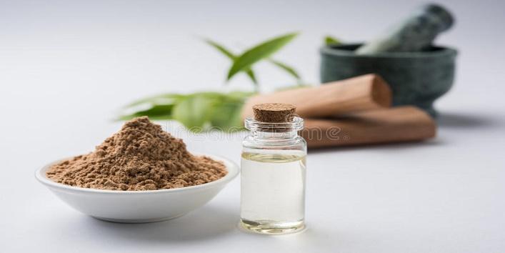 Sandalwood powder, honey and besan pack for acne-prone skin