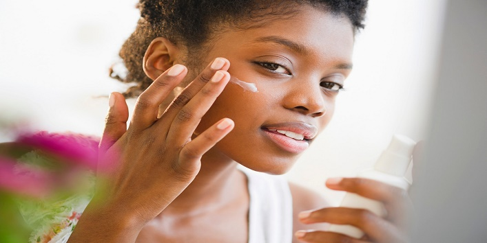 a-complete-skincare-guide-for-dark-skin-girls3
