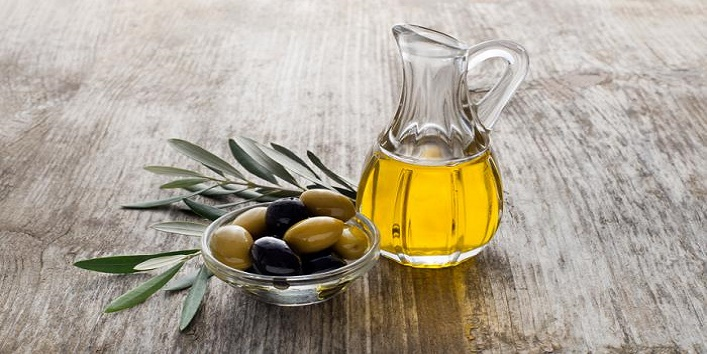 olive-oil-for-gorgeous-skin-and-hair1